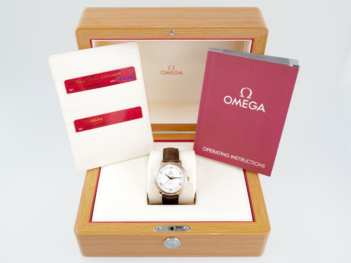 Швейцарские часы Omega De Ville Prestige Co-Axial 39.5 mm Automatic Silver Dial
