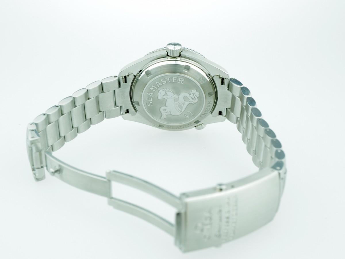 Швейцарские часы Omega Seamaster Planet Ocean 600mt 42 mm