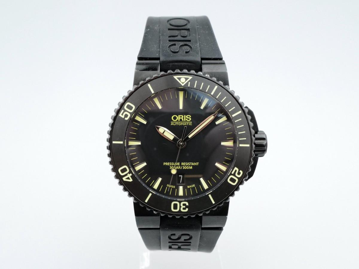Швейцарские часы Oris Aquis Date black