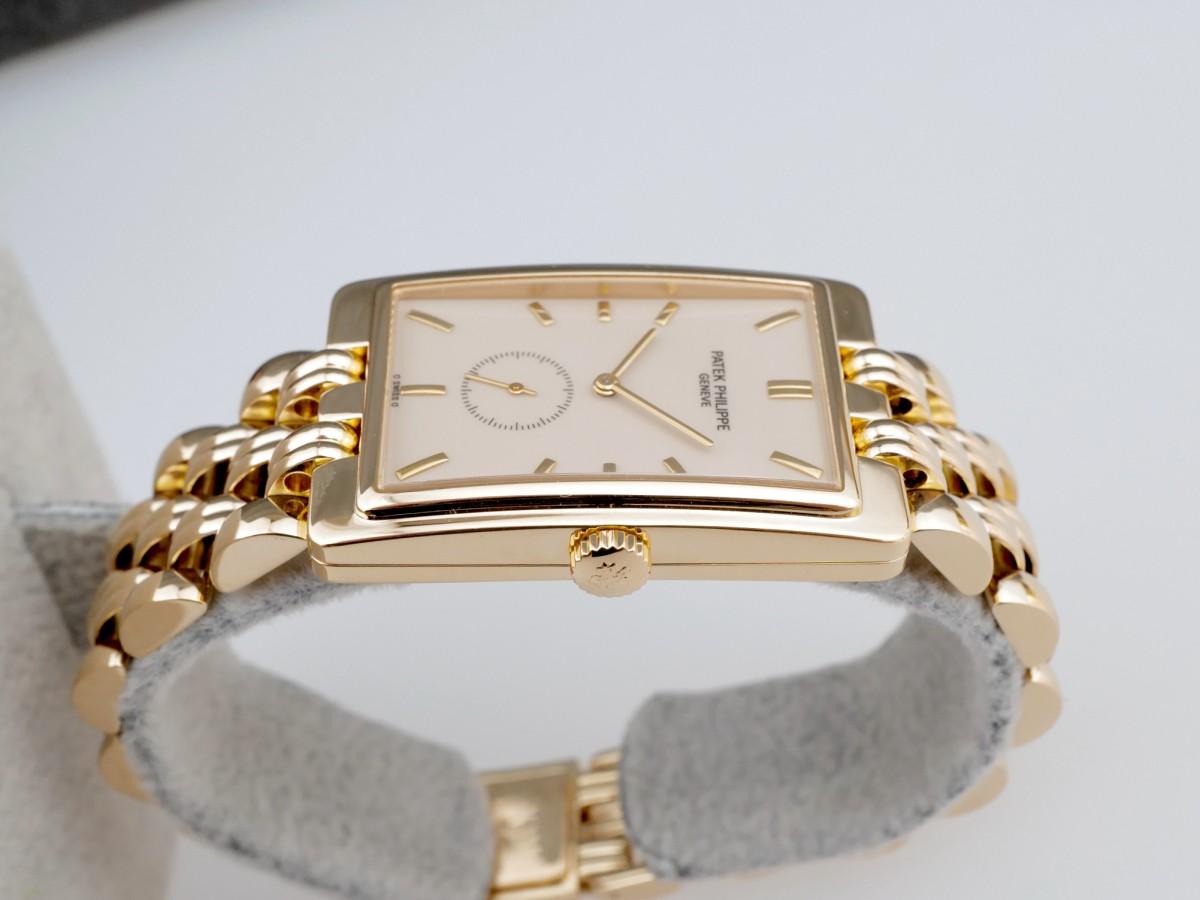 Швейцарские часы Patek Philippe Gondolo