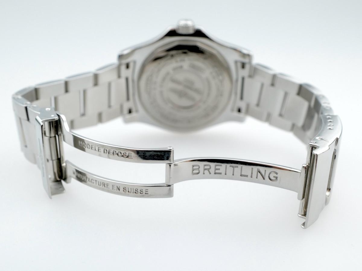 Швейцарские часы Breitling Avenger II GMT
