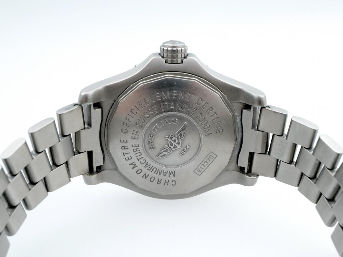 Швейцарские часы Breitling Avenger Seawolf Titanium 44 mm