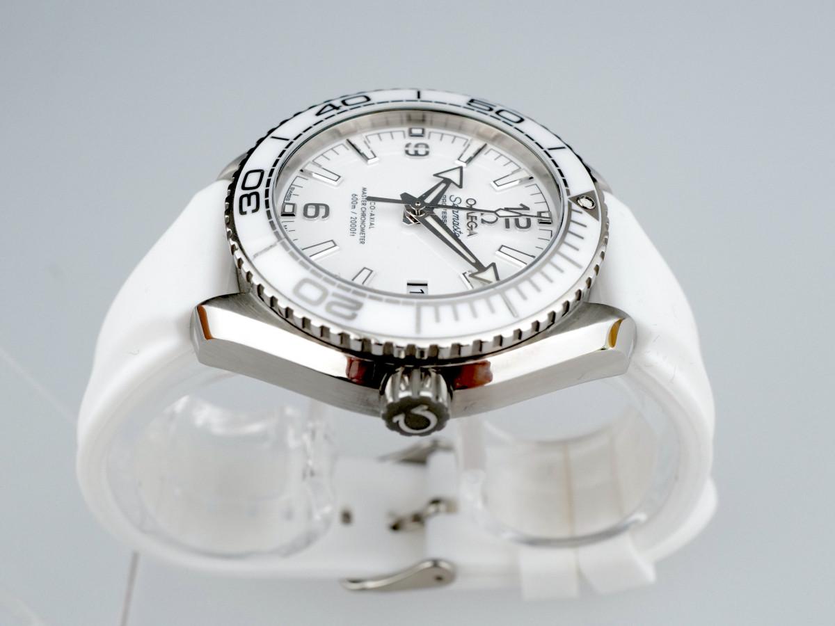 Швейцарские часы Omega Seamaster Planet Ocean 600M Co-Axial Chronometer 37,5 mm
