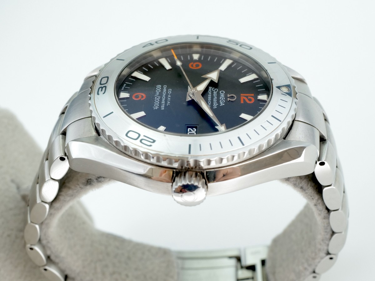 Швейцарские часы Omega Seamaster Planet Ocean 600M Co-Axial 45,5 mm