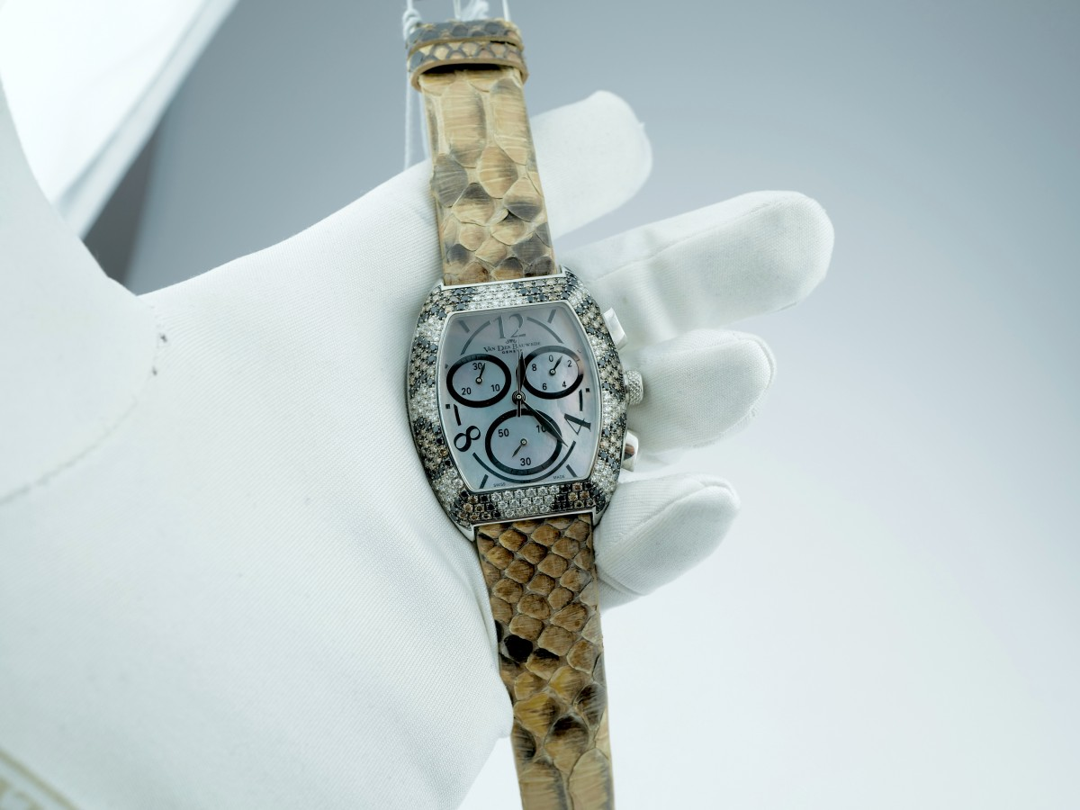 Швейцарские часы Van Der Bauwede Lily XS Cal 65 Chronograph