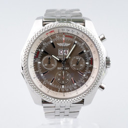 Швейцарские часы Breitling Bentley 6.75 Chronograph