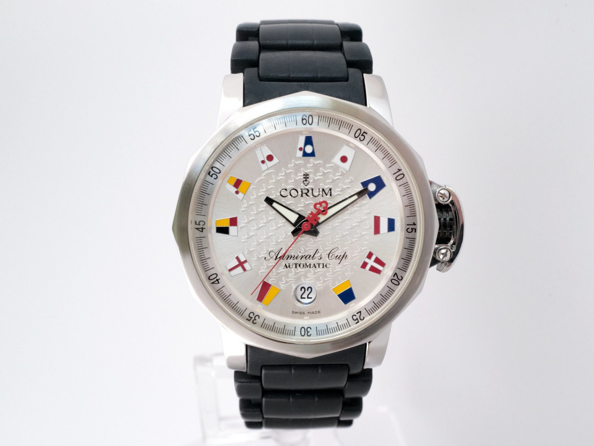 Швейцарские часы Corum Admiral's Cup Trophy