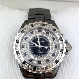Швейцарские часы Chanel J12 Black Ceramic 38 Automatic Diamonds