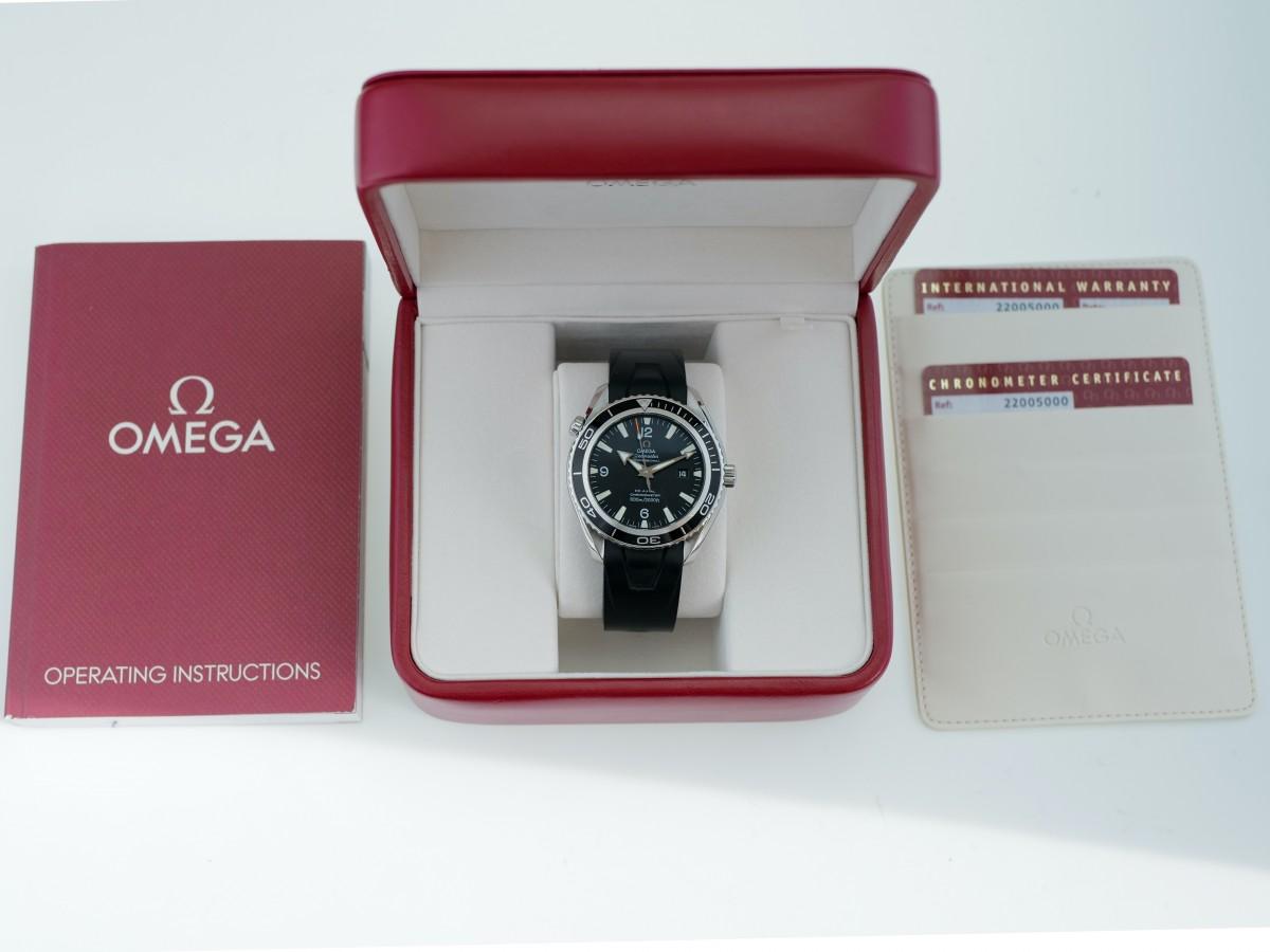 Швейцарские часы Omega Seamaster Planet Ocean 600m 45,5 mm