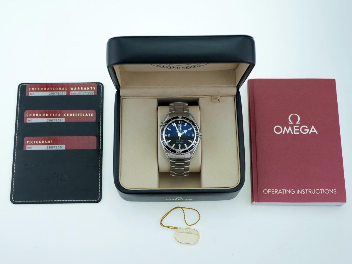 Швейцарские часы Omega Seamaster Planet Ocean Casino Royal 007 Limited 45mm