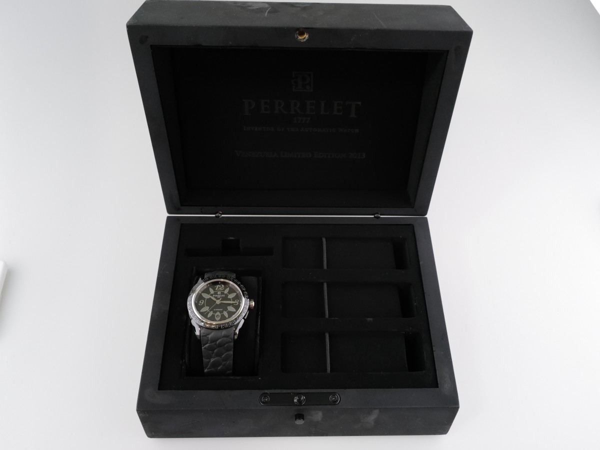 Швейцарские часы Perrelet Eve Flower Black Ceramic