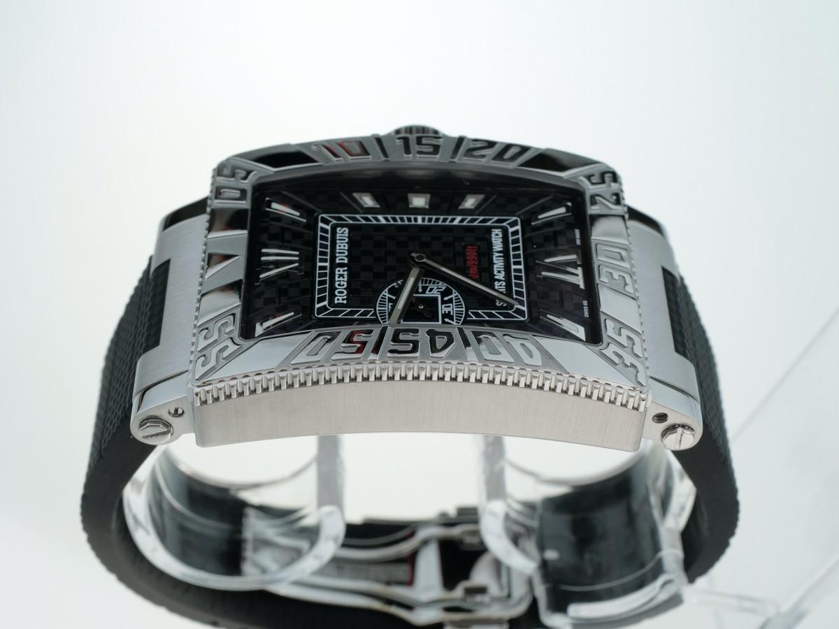 Швейцарские часы Roger Dubuis Sea More Just For Friends Carbon Dial