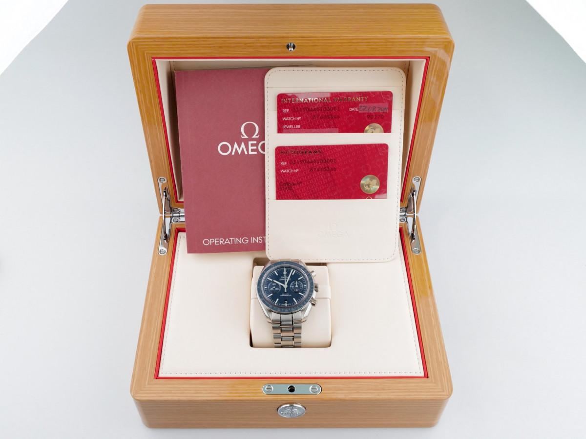 Швейцарские часы Omega Speedmaster Moonwatch Co-Axial Blue Dial Titanium 44,25mm