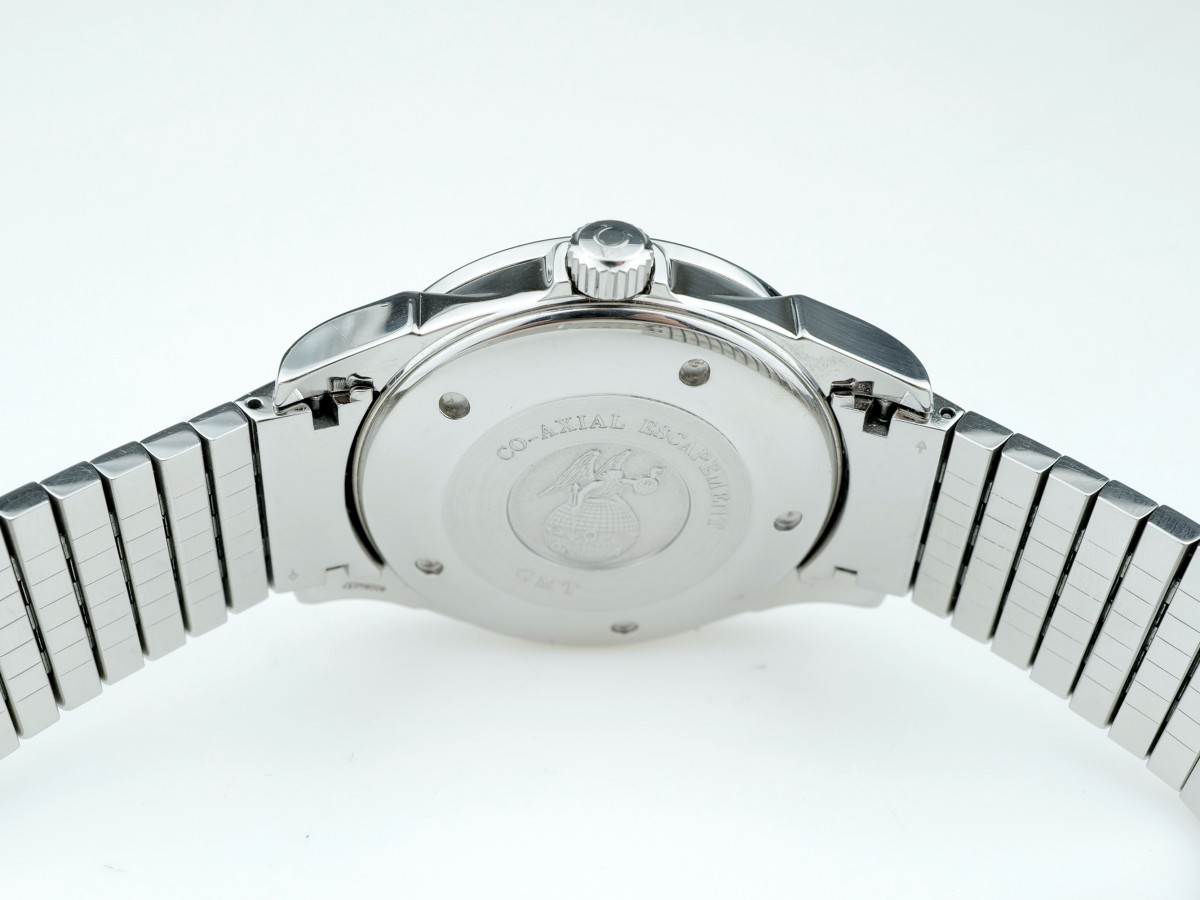 Швейцарские часы Omega De Ville Co-axial Gmt Chronometer 4533.40.00