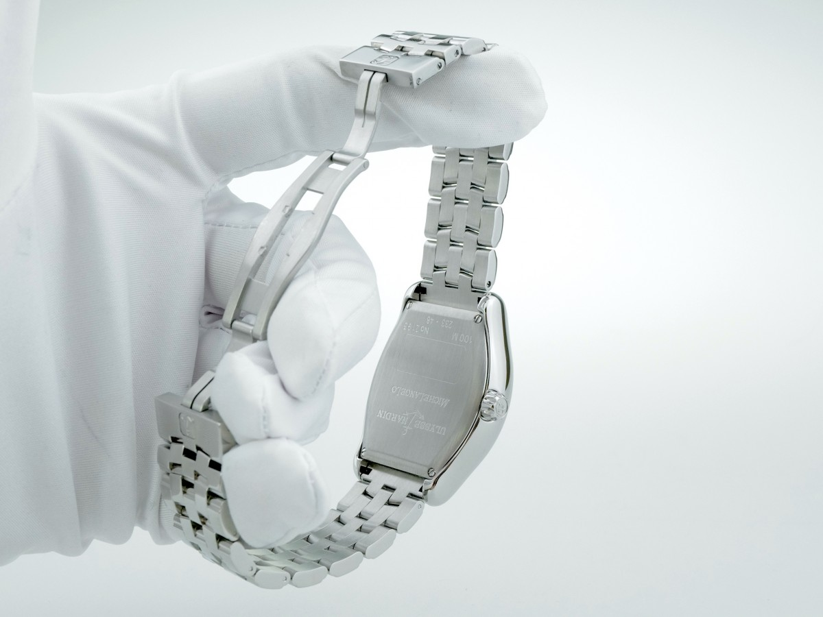 Швейцарские часы Ulysse Nardin Michelangelo Big Date 233-49